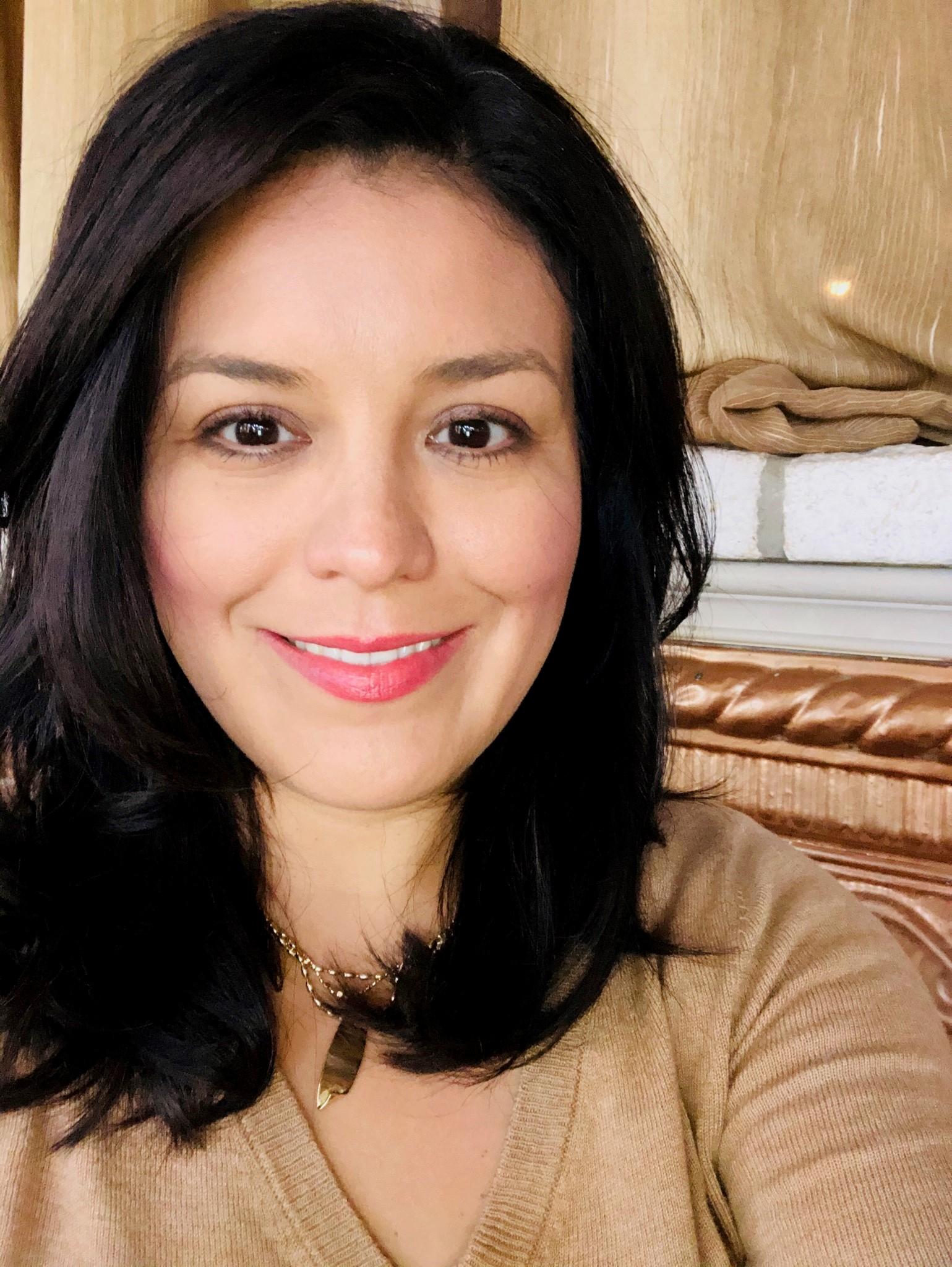 Leandra Garcia Headshot